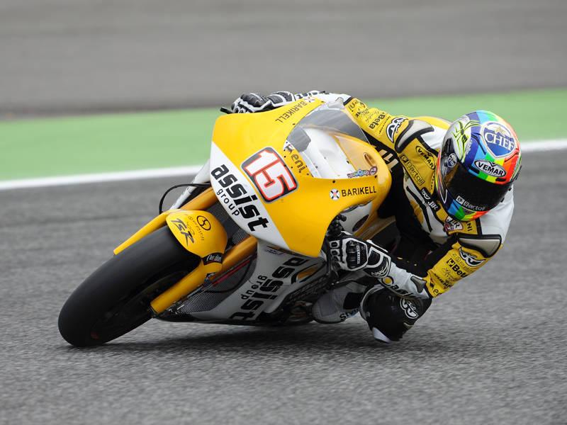 Alex stringe i denti e prende quattro punti a Estoril 3