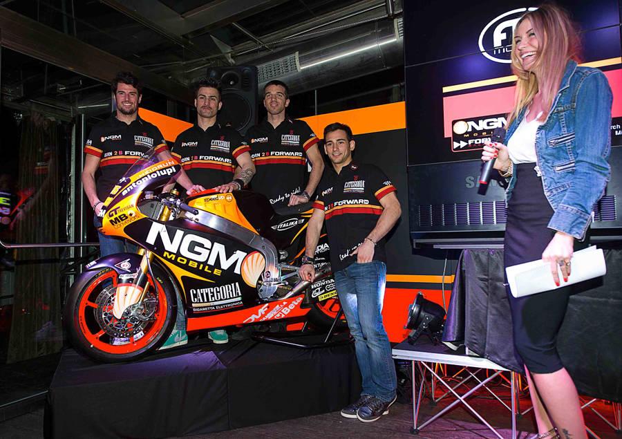 Il Team NGM Forward Racing si presenta 3